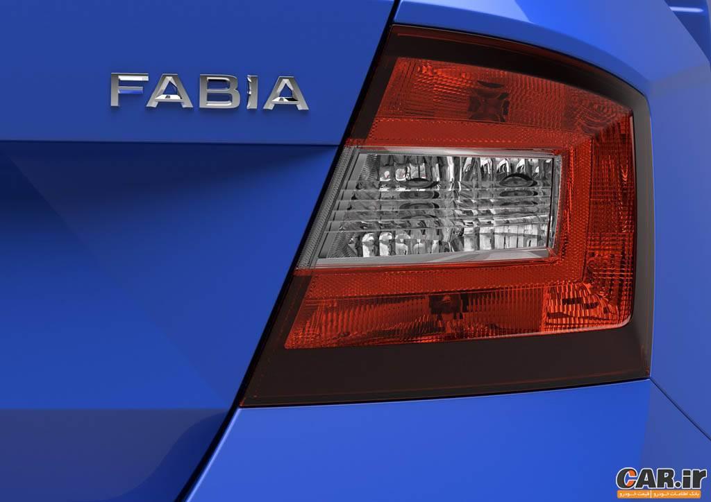اشکودا فابیا -نمای چراغ عقب