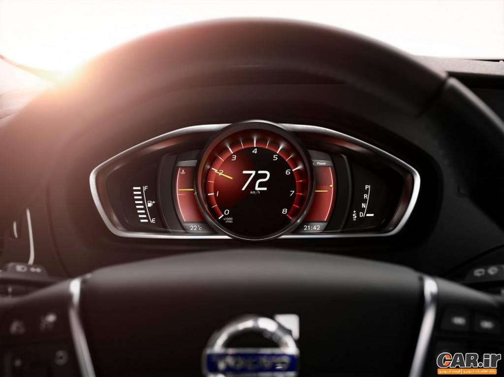 ولوو v40-نمای سرعت سنج