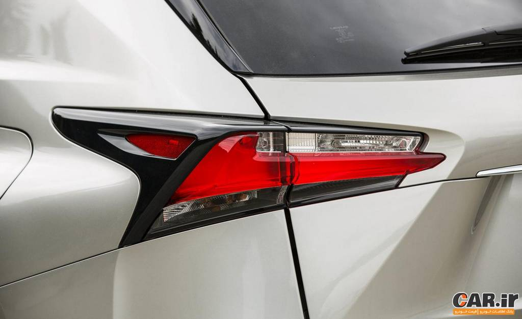 لکسس NX-نمای چراغ عقب