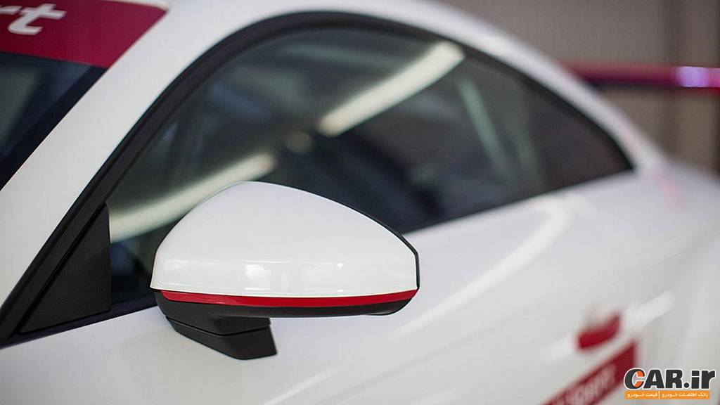 آئودی-آینه TT مسابقه ای